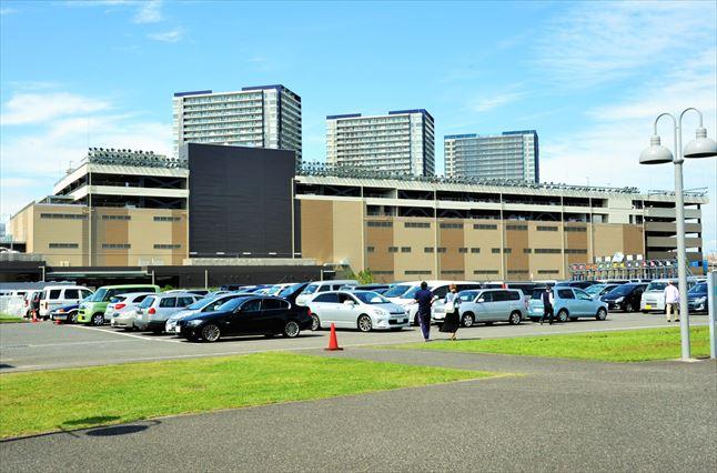 川崎競馬場 駐車場