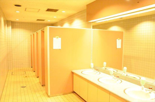 川崎競馬場 トイレ