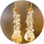 Pearl and citring earrings