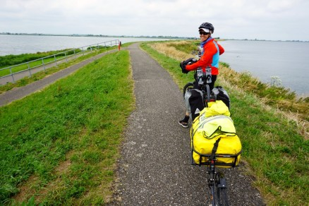 Dyke towards Monnickendam