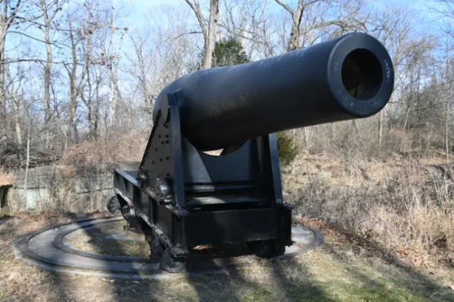 Two Rodman 15-inch cannons, cast at Cyrus Alger Company in Boston in 1863 and 1864, are still on display at Fort Foote.