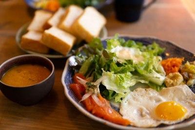代々木公園駅のパン屋365のカフェ「15℃」のモーニングは和洋食の両方あるのがいい。