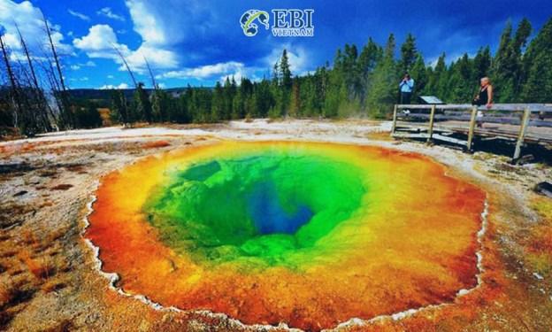 vườn quốc gia Yellowstone tại Mỹ