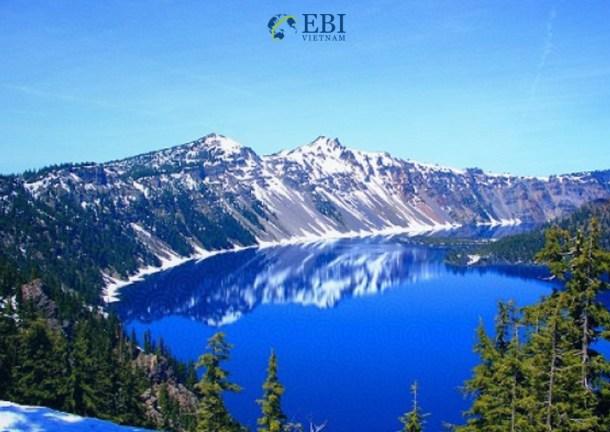 Công viên quốc gia Crater Lake tại Mỹ