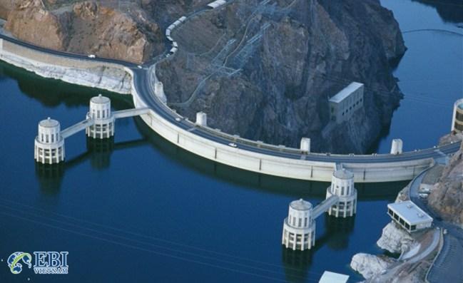 Ðập nước Hoover Dam tại Mỹ