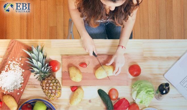 Học nấu ăn để bắt đầu cuộc sống tự lập