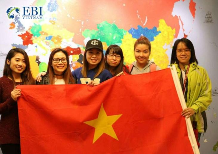 Du học sinh Việt Nam định cư tại Canada.