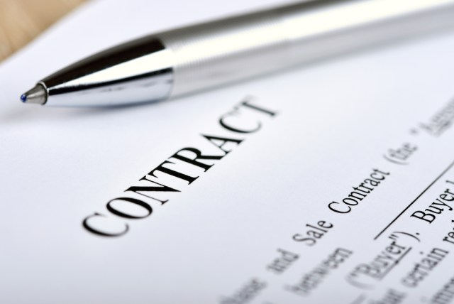 picture of a contingency contract from Dallas Construction Lawyers