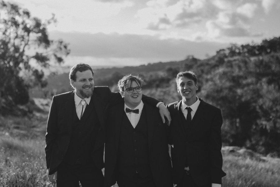 Perth Wedding Photographer | Wedding Photographers Perth | Bells Rapids Wedding | Zoe Theaidore Photography | Ebony Blush Photography | M+K323