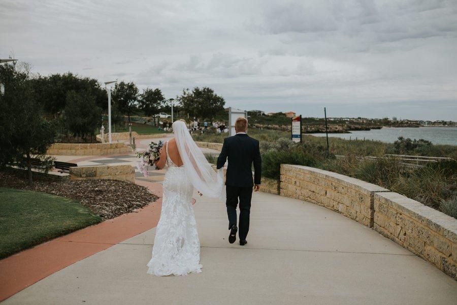 Kate + Graeme | Mindarie Wedding | Ebony Blush Photography | Zoe Theiadore | Perth wedding Photographer15