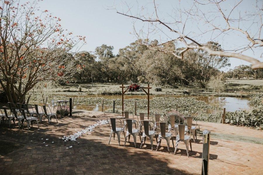 Chapel Farm Wedding Potos | Perth Wedding Photographer | Ebony Blush Photography | Brett + Blythe | 34