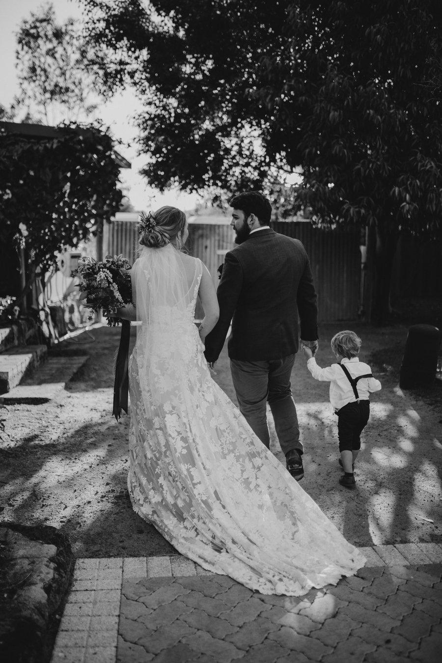 Chapel Farm Wedding Potos | Perth Wedding Photographer | Ebony Blush Photography | Brett + Blythe | 61