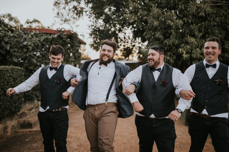 Chapel Farm Wedding Photos | Perth Wedding Photographer | Ebony Blush Photography | Brett + Blythe | 19