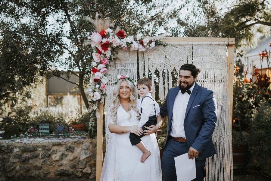 Ebony Blush Photography | Perth wedding Photographer | Perth City Farm Wedding | Imogen + Tristian76