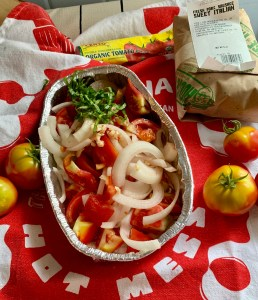 Onions Garden Tomatoes, Garlic & Basil