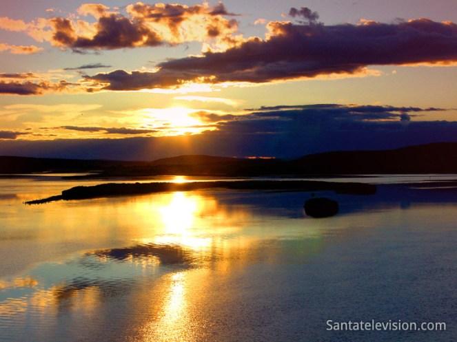 sol_-meianoite_finlandia_laponia
