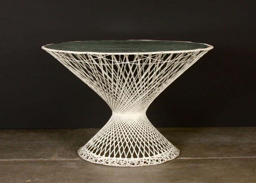 Mid Century Spun Fiberglass Table Russell Woodard Ebth