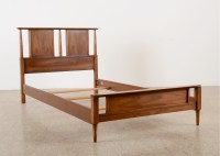 Mid-Century Modern Bed Frame, Dixie Furniture : EBTH