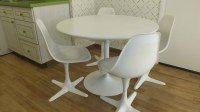 Burke Inc Mid Century Modern Table and Chairs : EBTH