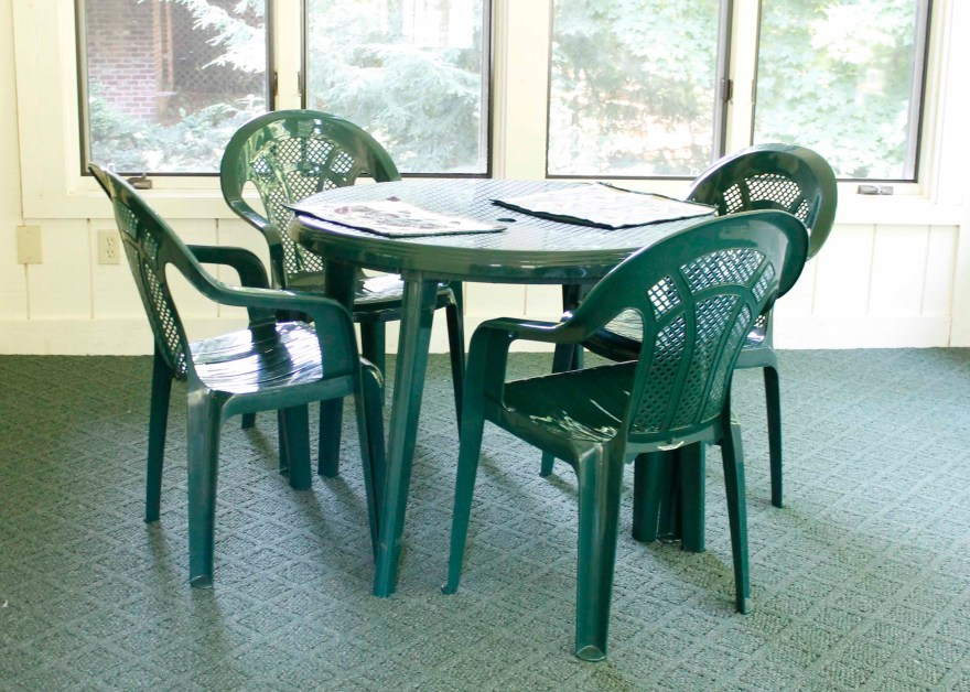 Syroco Outdoor Table And Chairs Ebth
