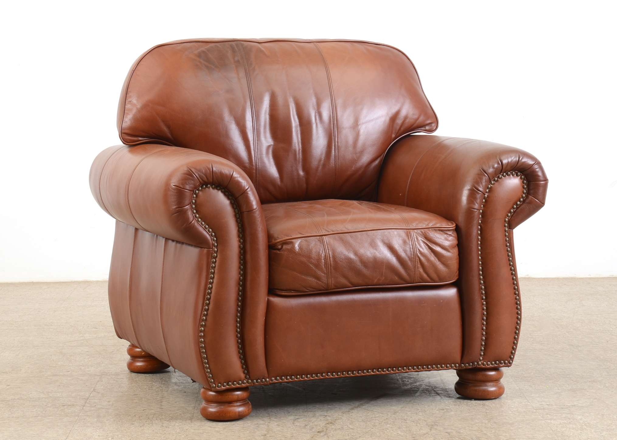 thomasville leather chair ergonomic ebth