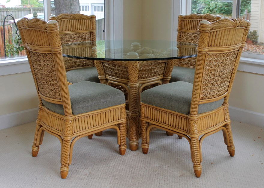 Wicker and Rattan Patio Dining Table and Chairs Capri Furniture : EBTH