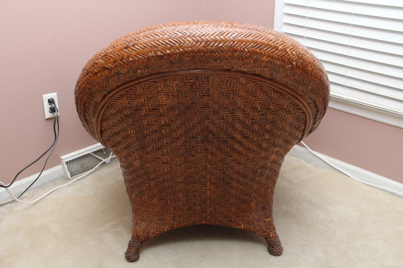 Pottery Barn Wicker Chair Pottery Barn Rattan Quotmalabar Quot Chair And Ottoman Ebth