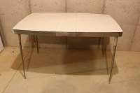 Retro Metal and Formica Kitchen Table circa 1950s : EBTH
