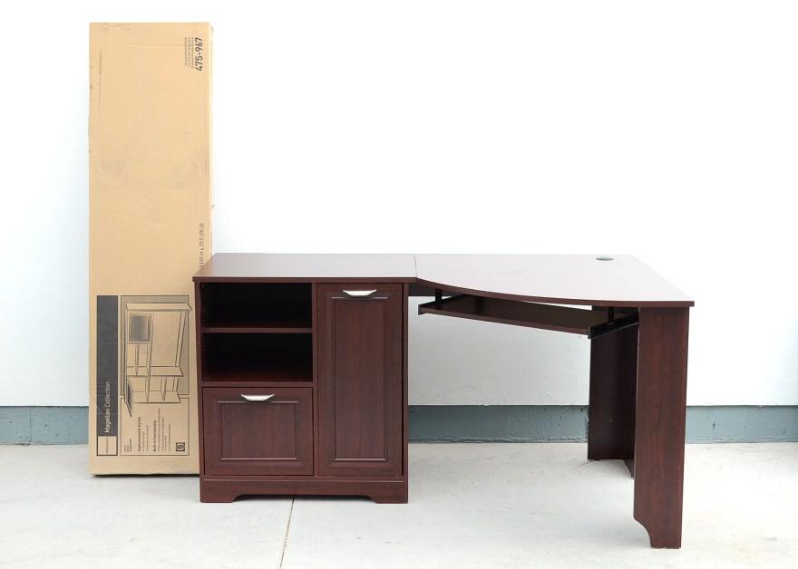 Magellan Collection Corner Desk and Hutch  EBTH