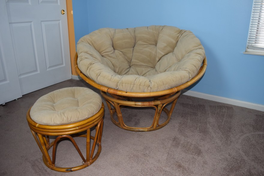 Papasan Chair with Ottoman