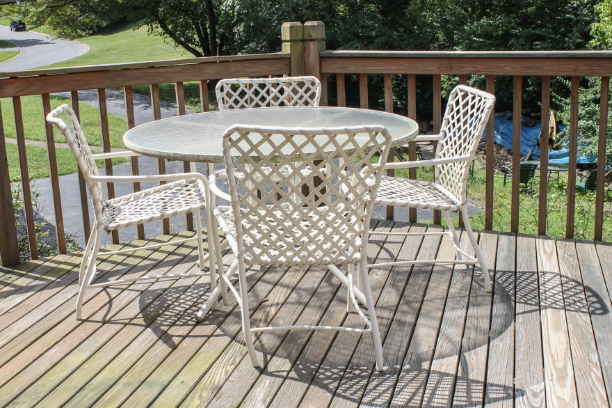 Brown Jordan Furniture Outdoor Dining Set Ebth