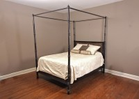 Queen Size Canopy Bed : EBTH