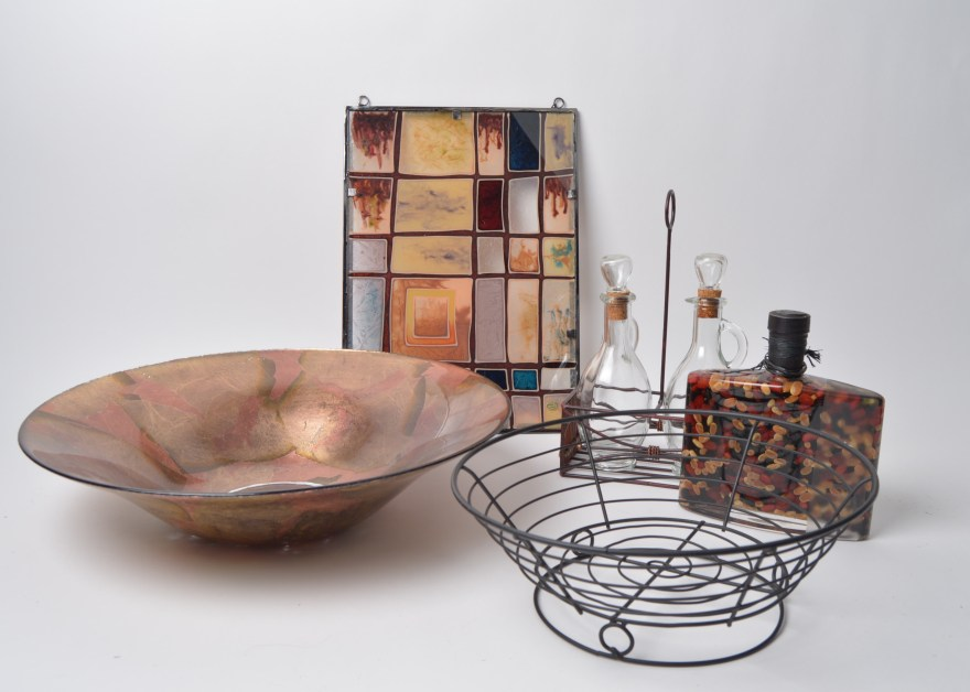 Decorative Bowls, Wall Art and More : EBTH