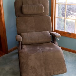 Relax The Back Mobility Lift Chair Cheap Modern Chairs Zero Gravity By Quotrelax Quot Ebth