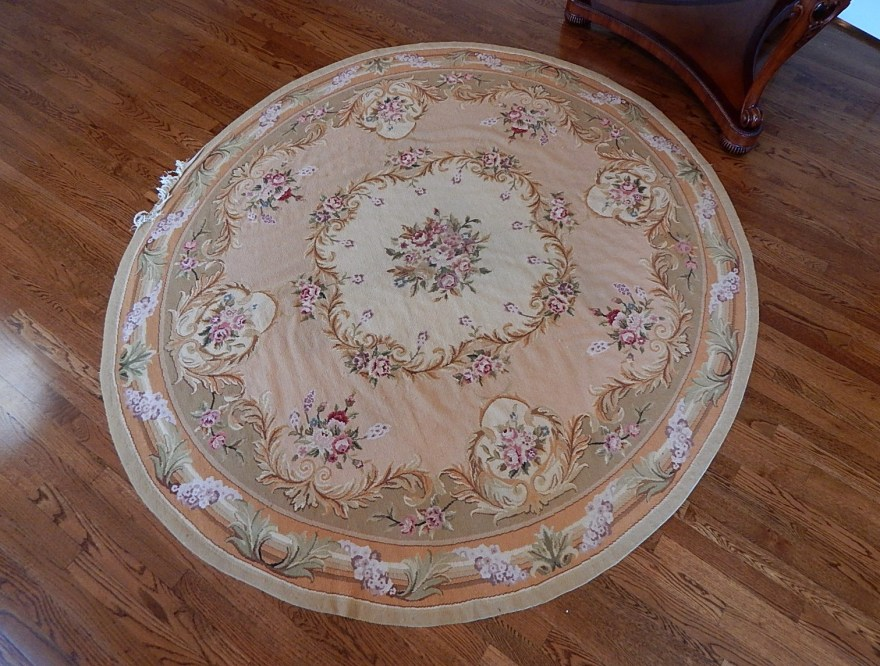 Pink Floral Round Rugs