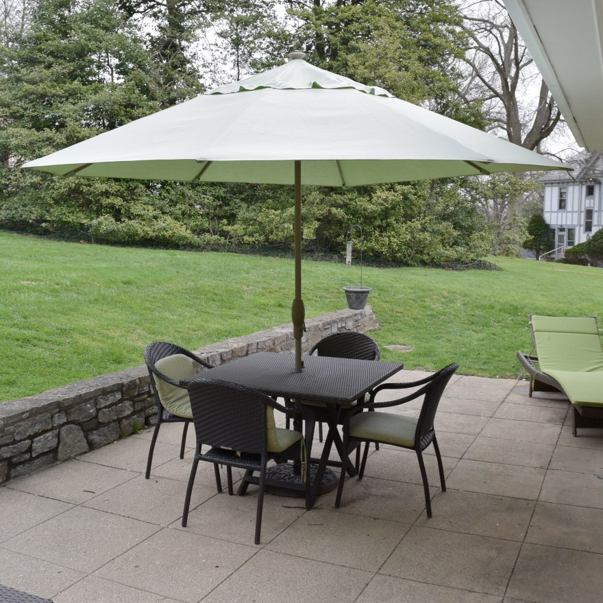 Frontgate Patio Table Chairs And Umbrella Set Ebth