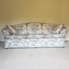 Broyhill Landon Sofa Stylus Made To Order Sofas Floral  Home And Textiles