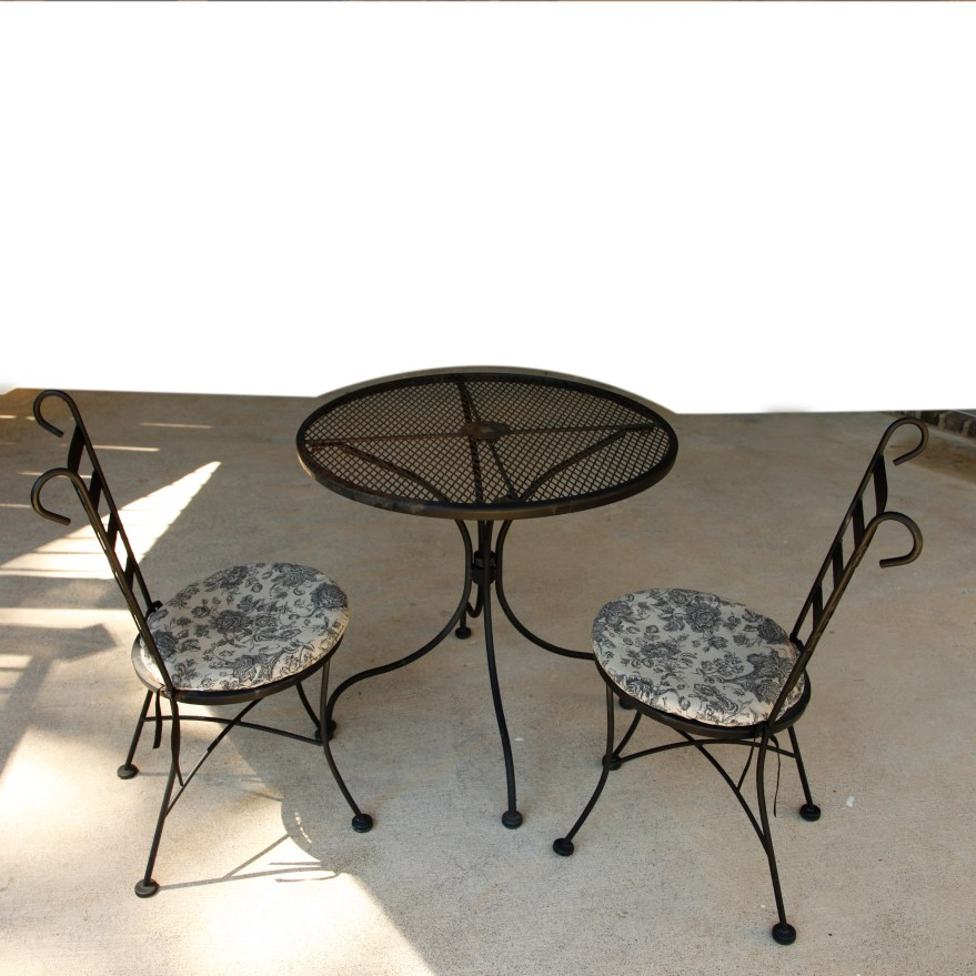 Vintage Plantation Patterns Wrought Iron Patio Table And