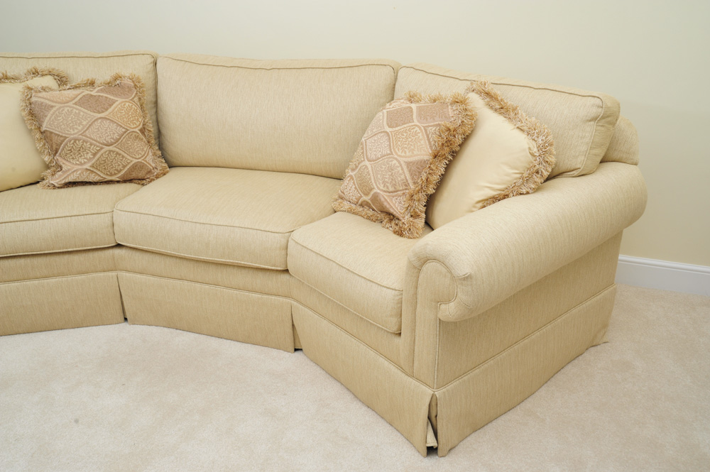 Havertys Willow Curved Sofa  EBTH