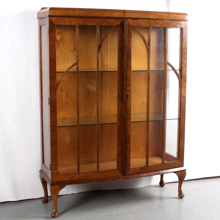 Queen Anne Style Walnut And Glass Curio Cabinet Ebth