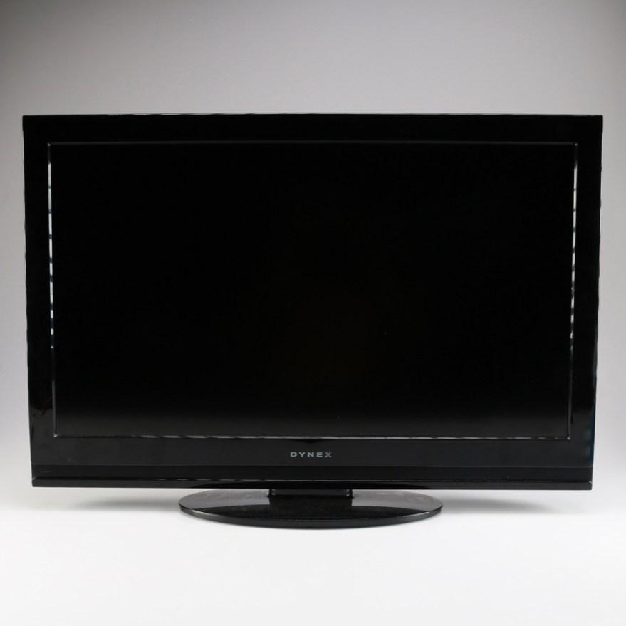 32 Dynex Flat Screen TV