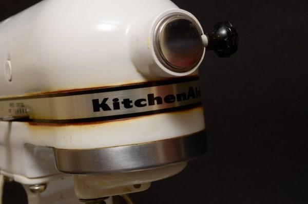 Vintage Kitchenaid Mixer K5 A on kitchenaid modelo a modelo k-5, kitchenaid accessories, kitchenaid by hobart, kitchenaid k5 a parts, kitchenaid k-5 a manual,