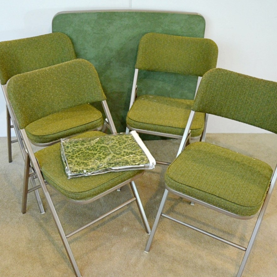 Vintage Samsonite Green Card Table And Four Folding Chairs
