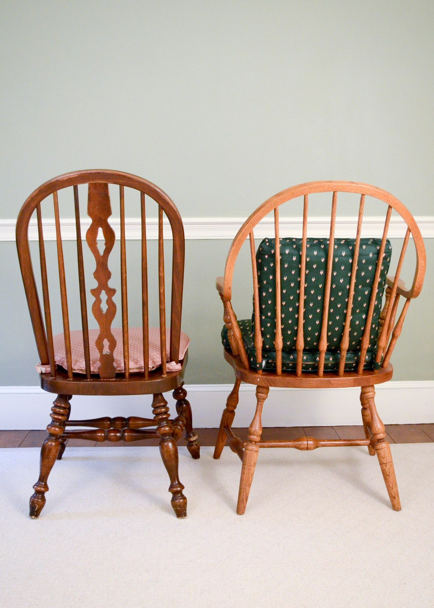 Windsor Style Chairs Two Windsor Style Dining Chairs Ebth