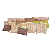 Large Collection of Outdoor Pillows : EBTH