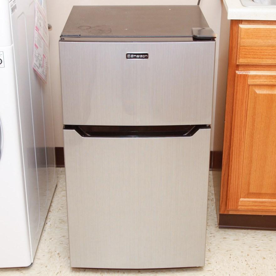 Emerson Double-door Compact Refrigerator-freezer Ebth