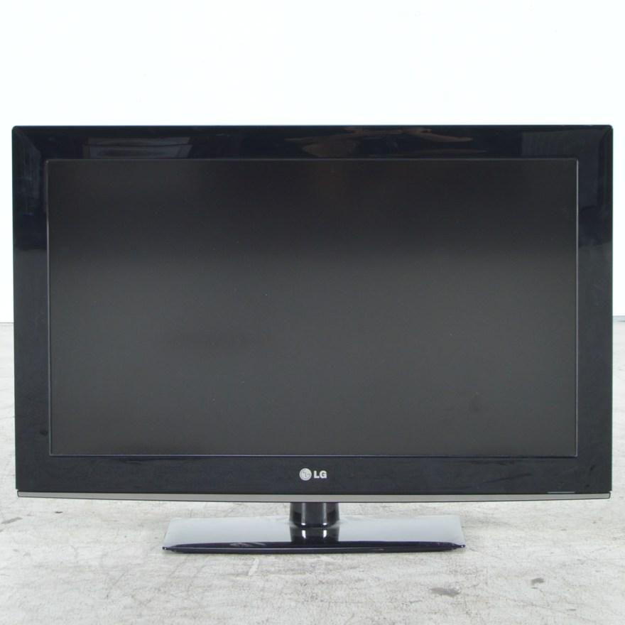 LG 32 Flat Screen TV