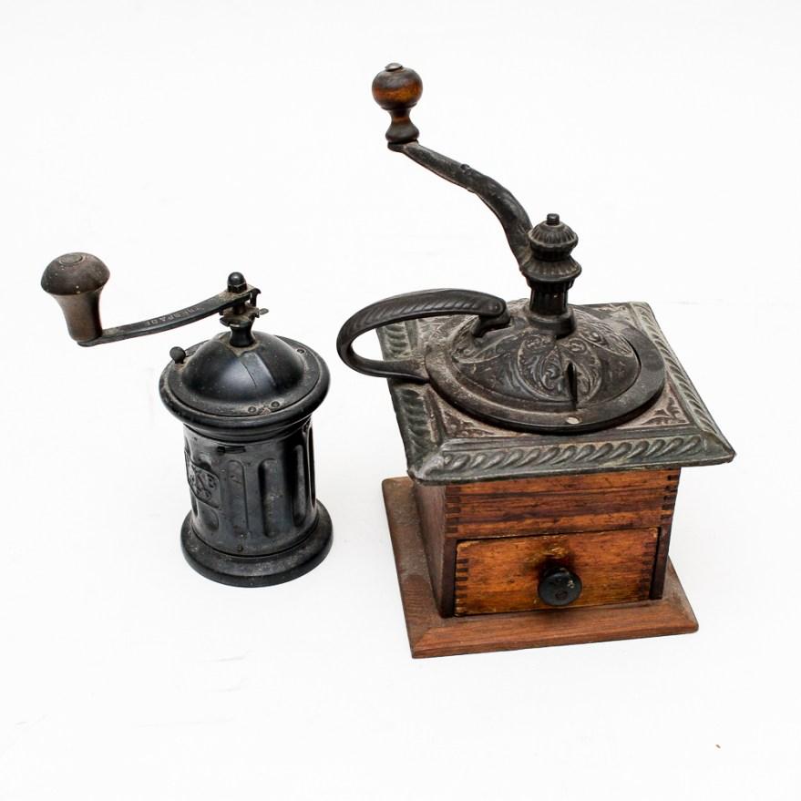 Antique Hand Crank Grinder