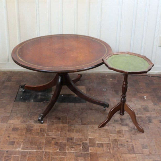 vintage round mahogany leather top coffee table : ebth