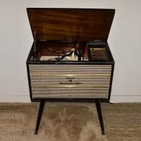 Mid-Century Delmonico JVC Stereophonic Turntable/Radio ...